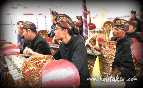 "alt=""オダラン プラ・デサ&プセー寺院祭::プリアタン村 2014年10月"""