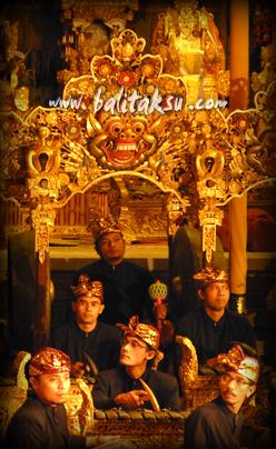 """alt=""""Odalan Karya Agung Pura Gunung Lebah Ubud: Okt 2014 (Genta Bhuana Sari)"""""""
