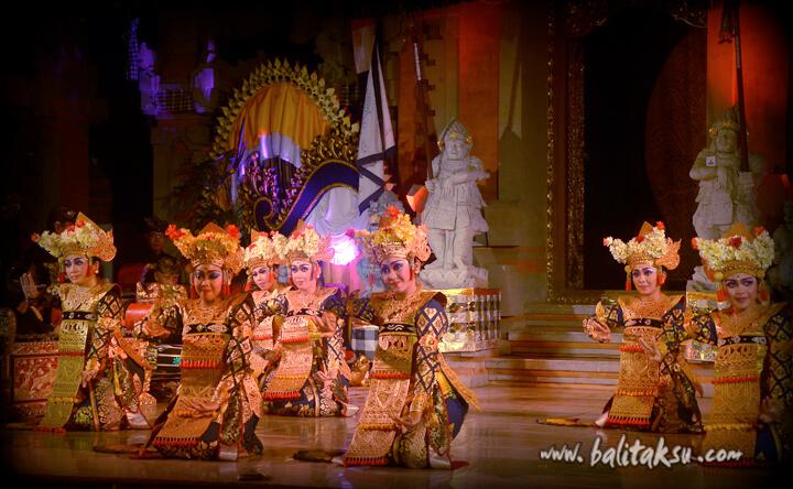 レゴン・スリ・パドマ舞踊 を創りました!