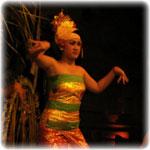 Tari Tenun Balinese Dance