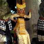 Legong Jaya Pangus -Genta Bhuana Sari at Puri Kantol Ubud 2014-12-08 Plebon