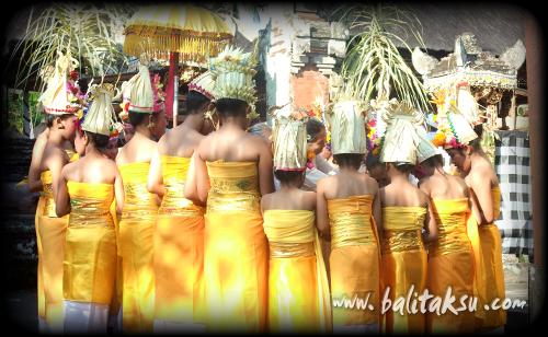 """alt=""""Odalan Pura Gunung Sari Peliatan : Feb 2014"""""""
