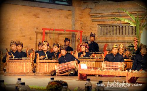 """alt=""""-Sekaa Demen Peliatan :: Gamelan performances in ARMA (Kokokan Stage)"""""""