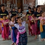 Tunas Maragawi Lesson Rejang Dewa Dance 31 MAY 2015